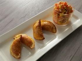 粟米三文魚蓉麵包餃子