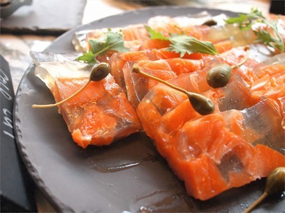 三文魚凍賣相精美